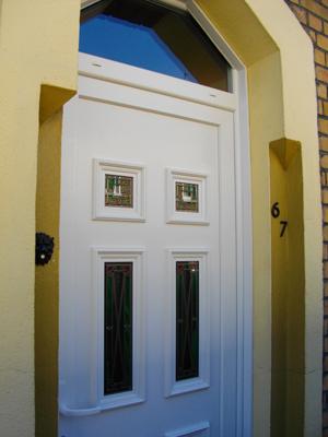 porte originale et traditionnelle a la fois