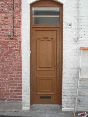 porte de bois en style classique posée par nos experts