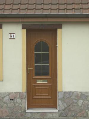 pose de porte en bois style classique