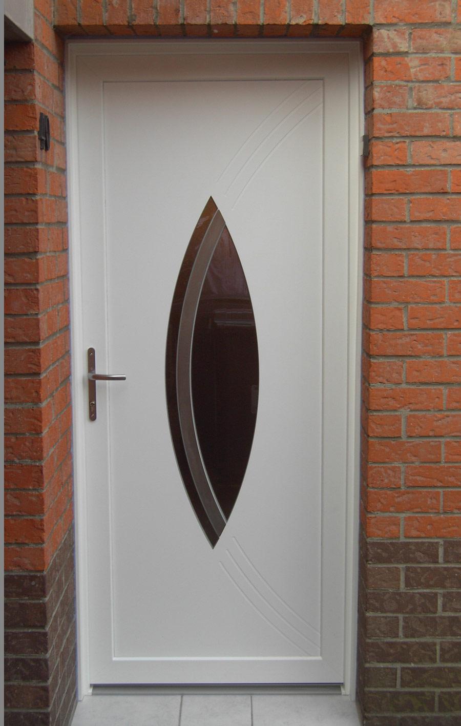 porte avec ouverture centrale