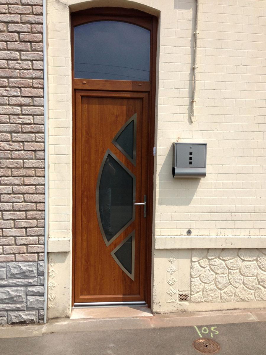 installation de porte en bois