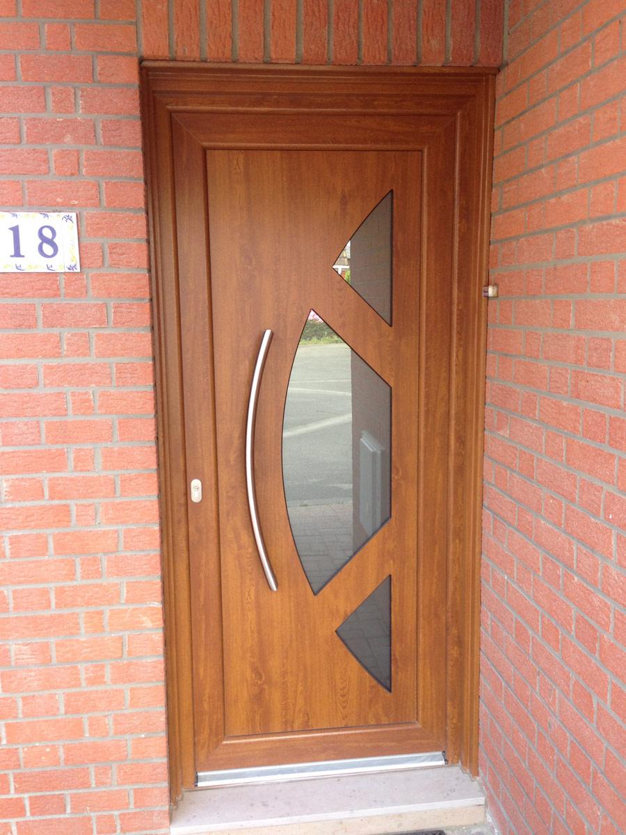 porte d'entrée et boisures