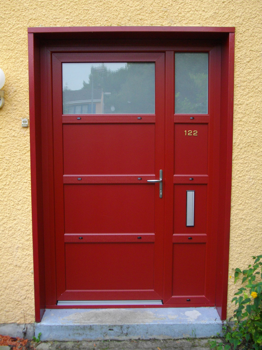 porte originale et contemporaine rouge