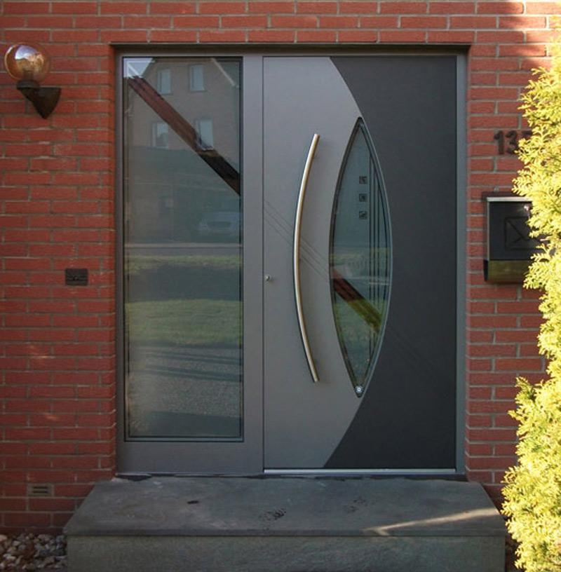 magnifique porte d'entrée grise