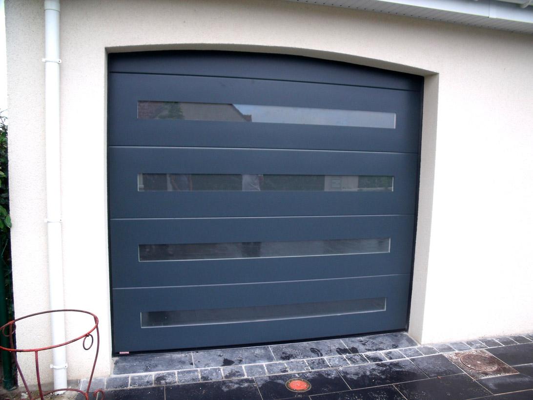 garage bleu en pvc