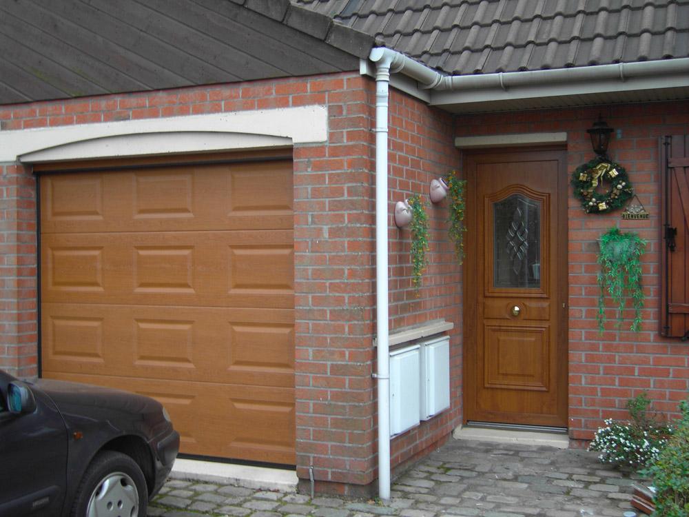 porte de garage effet bois