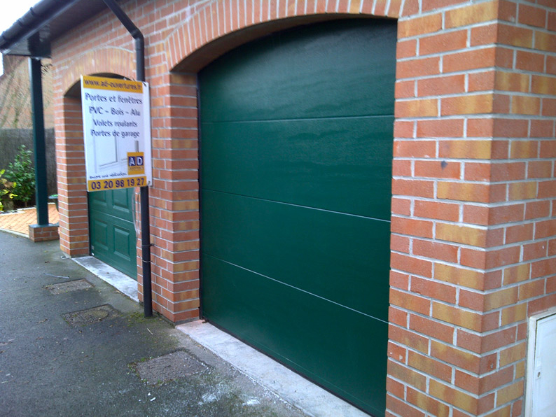 porte de garage pvc vert