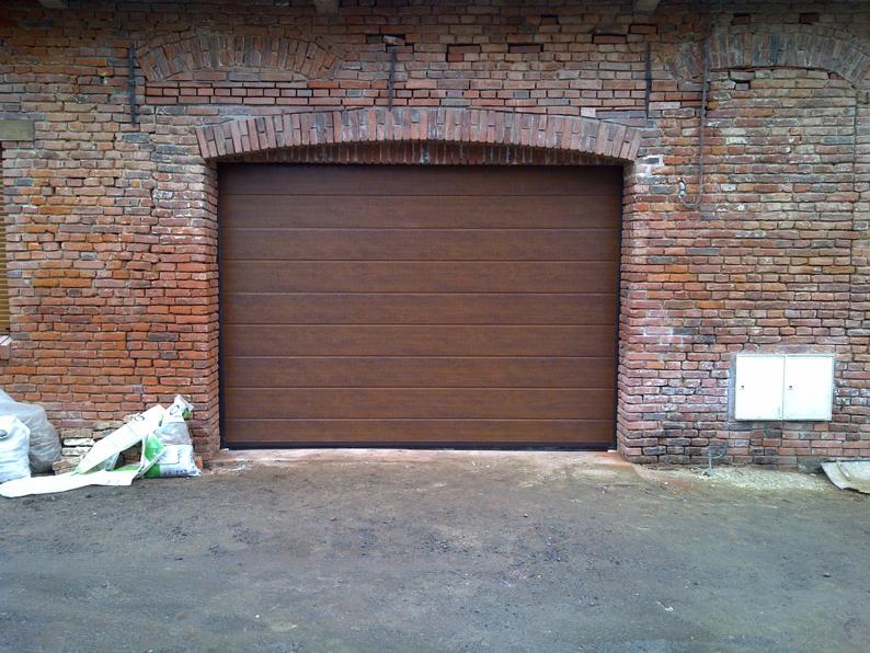 porte de garage pvc maron